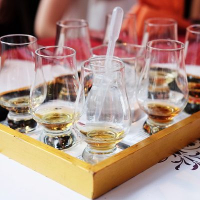 Signature drinks 5 - whisky flights-min